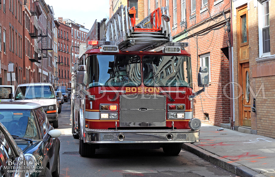 Boston Ladder 1