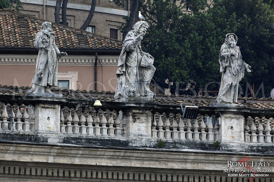 Statues in St Peter's Square