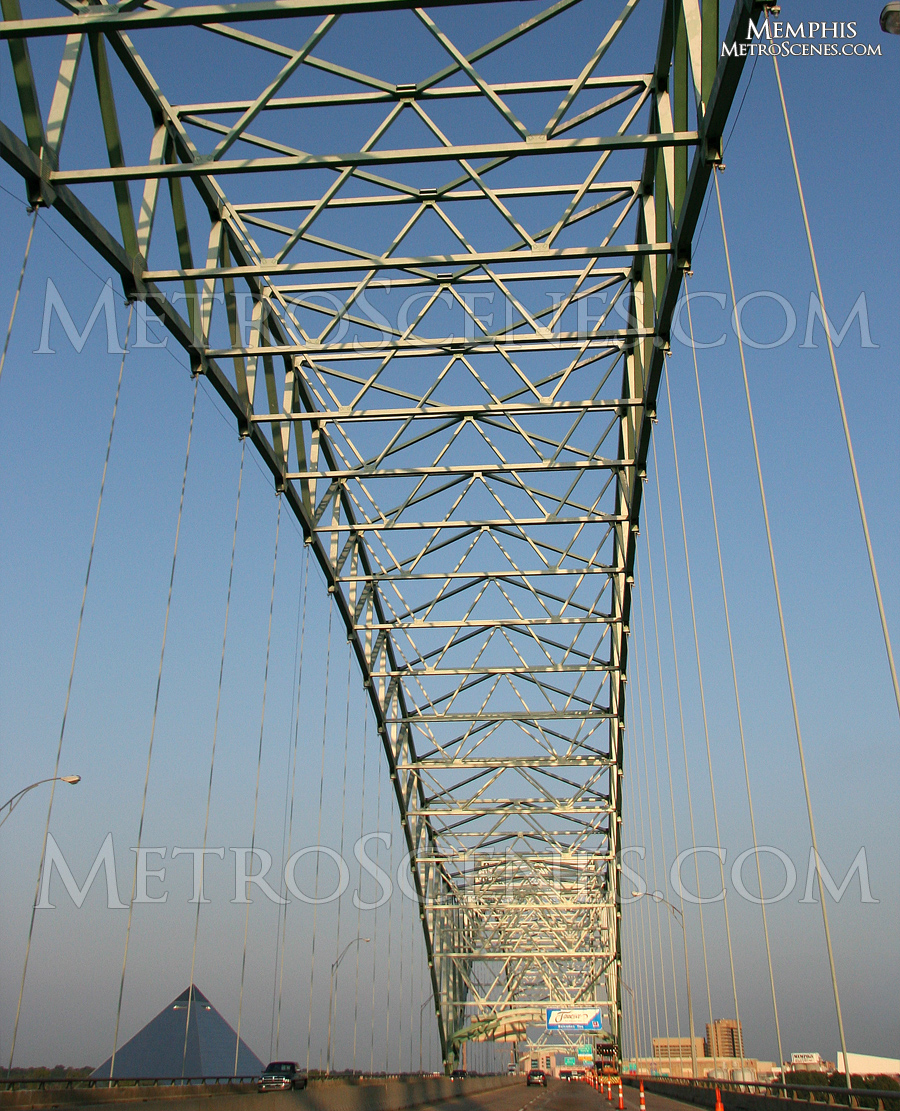 I-40 bridge over the Mississippi, Tennessee